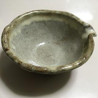 片口 陶器 味わいある色・触感の伝統的食器 酒器にも使えます 中古美品
