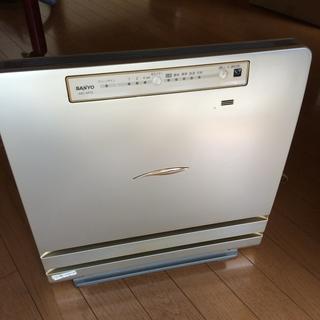 空気清浄機(サンヨーABC-AR15)