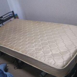 無料でベッドのマット差しあげます