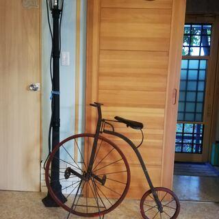 ペニーファージング 初期の鉄帯 (ダルマ型自転車)