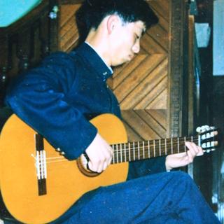 ギター(クラシック)教えます/会合の弾き語りにお招きください。