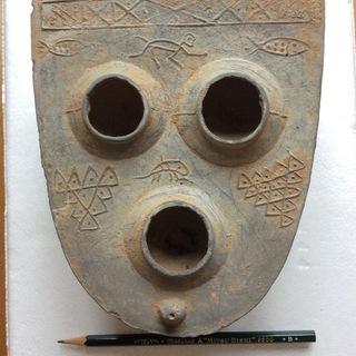 博物館級の出土品  陶製 本物保証