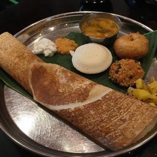 スパイスの極意を学んで南インド料理を作ろう!〜ドーサを焼く〜