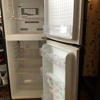 2段式冷凍庫 − 滋賀県