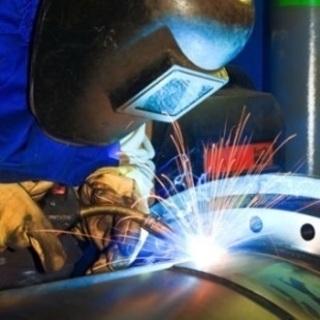 主に製缶工 穴あけ、切断、溶接の職人募集