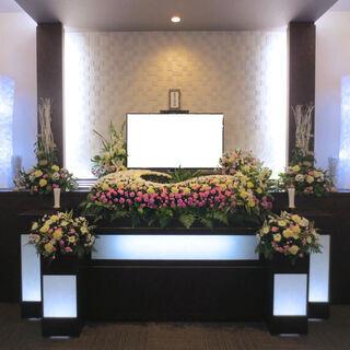 少人数で心温まるお葬式を