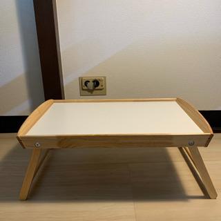 値下げ!折りたたみ式の白いテーブル