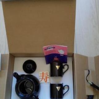 電気コーヒーポットとカップセット
