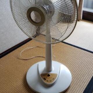 大阪市より☆無料で扇風機差し上げます。他にも多数出品中♪