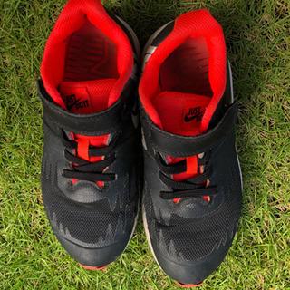子供 靴 ナイキ 19センチ