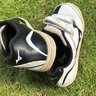 子供靴 ミズノ 18センチ シューズ