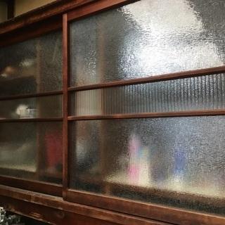 懐かしい昭和のガラス戸