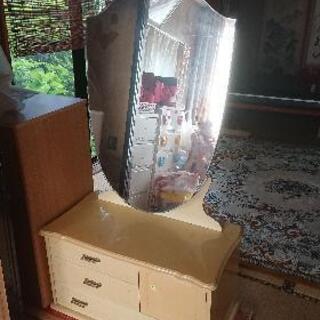 「訳あり家具」アンティーク鏡台(収納付き化粧台)