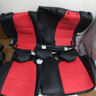 フィットGK3 レザーシートカバー(赤黒)値下げ