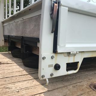 ユニック トラックの荷台 鉄板張 フック付 2t 3t キャンター