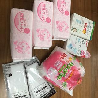 【無料】母乳パッド、母乳フリーザーパック、骨盤ベルト(未使用)
