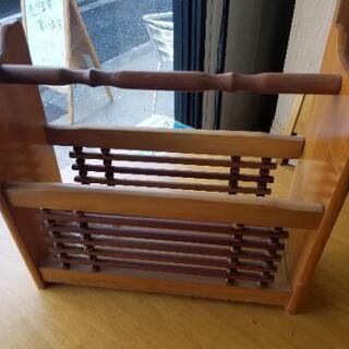 木製のマガジンスタンド❗