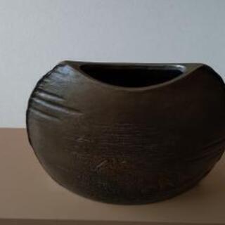 鋳物製花瓶