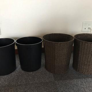 籐製ゴミ箱&プラスチック製ゴミ箱