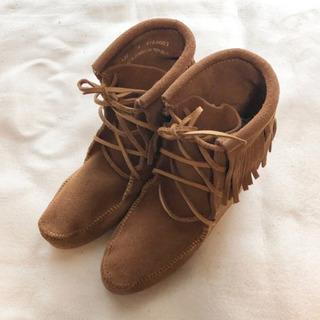 試し履きのみ◎  MINNETONKA  fringe  boots