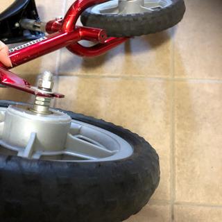 バランスバイク(ヘルメット付) - 売ります・あげます