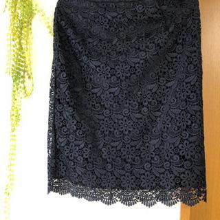 新品 花柄レースタイトスカート 黒 M UNIQLO