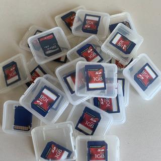 SDカード1 GB[1枚売り]22枚あります