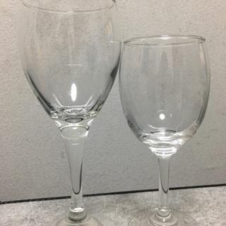 ガラスのコップあげます