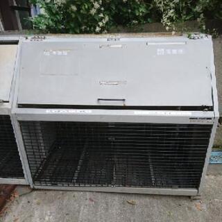 ●中古のダストボックス(ゴミ入れ)