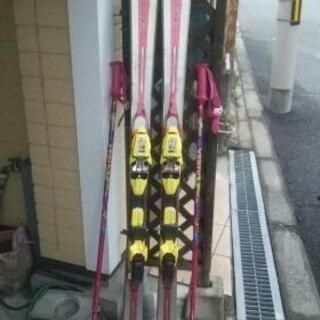 決まりました。🎵 スキー板 ストック
