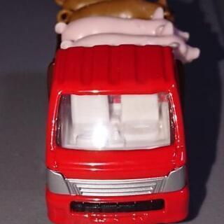 トミカ 豚運搬車