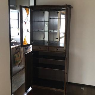 【大容量収納】ステンドグラス調がオシャレな食器棚