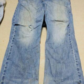 アメリカンイーグルのジーンズ