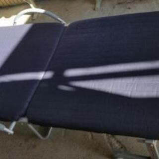 折り畳み式ベッド(移動式