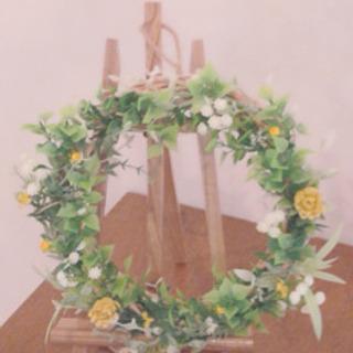 ウェルカムスペースに♡造花のリース♡
