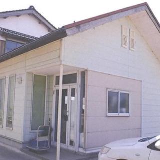 貸倉庫27㎡北栄町 駐車場付き