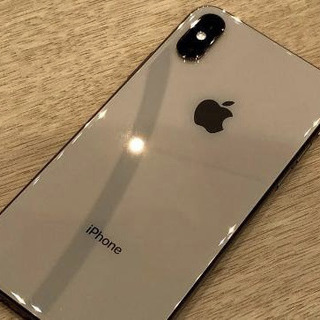 iPhone XS Gold 64GB Sim フリー