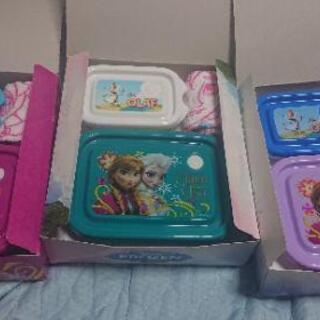 新品 アナと雪の女王 フードコンテナー タッパー 弁当箱 …