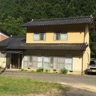 民家を別荘として使用しています。