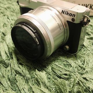 美品☆ミラーレス一眼☆ Nikon1 J5 ダブルレンズキット ...