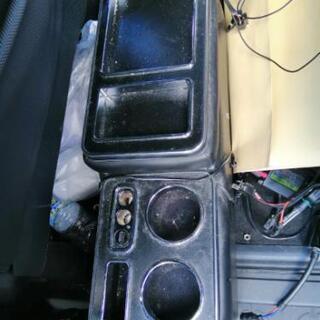 値下げ社外センターコンソールボックス AZR60G ヴォクシーに...