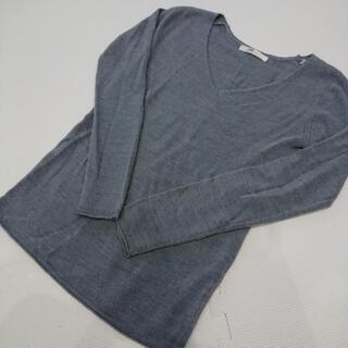 AZUL 薄手セーター XS 美品