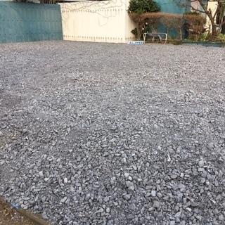 平塚市土屋 水道付き借地 物置設置可。砂利敷き 160㎡ほど 中...