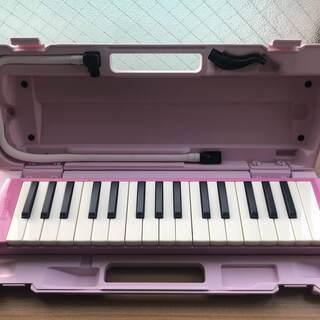鍵盤ハーモニカ*ピンク*中古