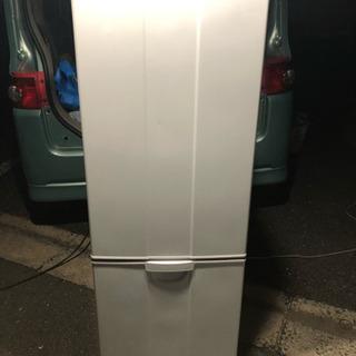 🌈少し大きめ‼️160L超冷蔵庫😍🚨希少サイズ🌟当日配送🉐🈹
