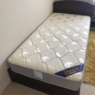 中古シングルベッド