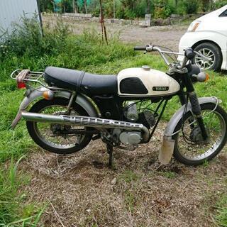 ヤマハ、L2ーCオートバイほこり付
