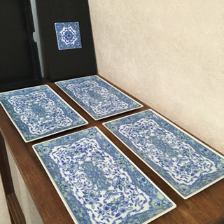 未使用の長方形の皿(四角) ◆4枚◆ 箱入り!