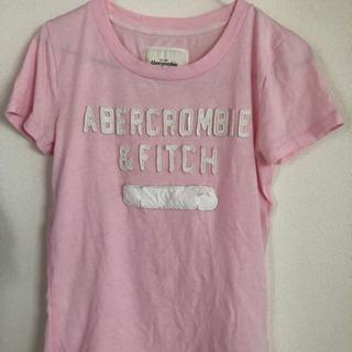 アバクロ ピンクTシャツ