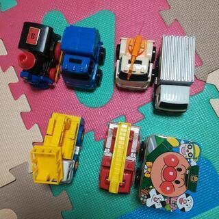ミニカーおもちゃ1台50円